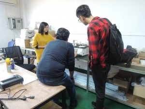 Customer inspect the instrument